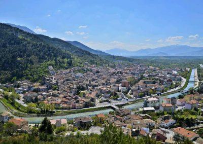 Abruzzo Popoli (Pescara) attraversata dal Fiume Aterno-Pescara